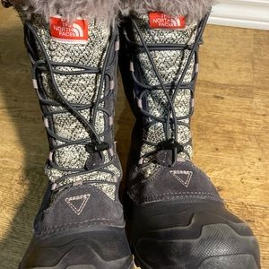 The North Face Heat Seeker winter boots